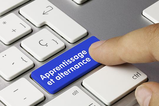 Recrutez un alternant et bénéficiez prime exceptionnelle à l'embauche d'alternants!